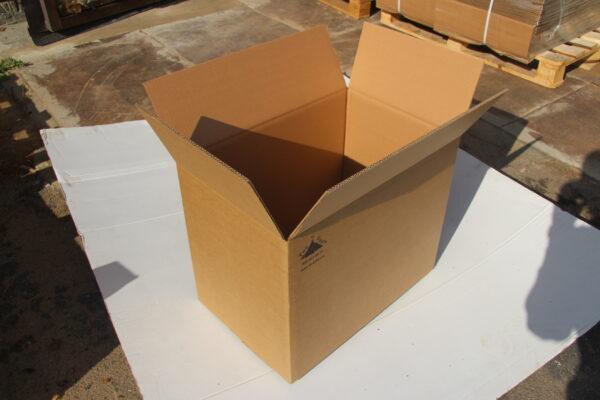 Коробка 585*385*450