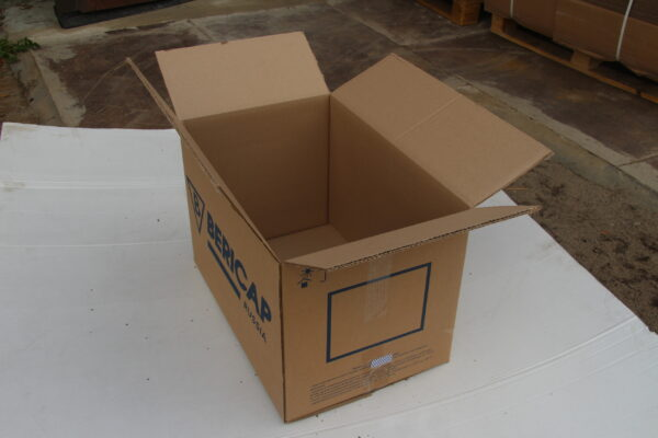 Коробка БУ 600*400*400